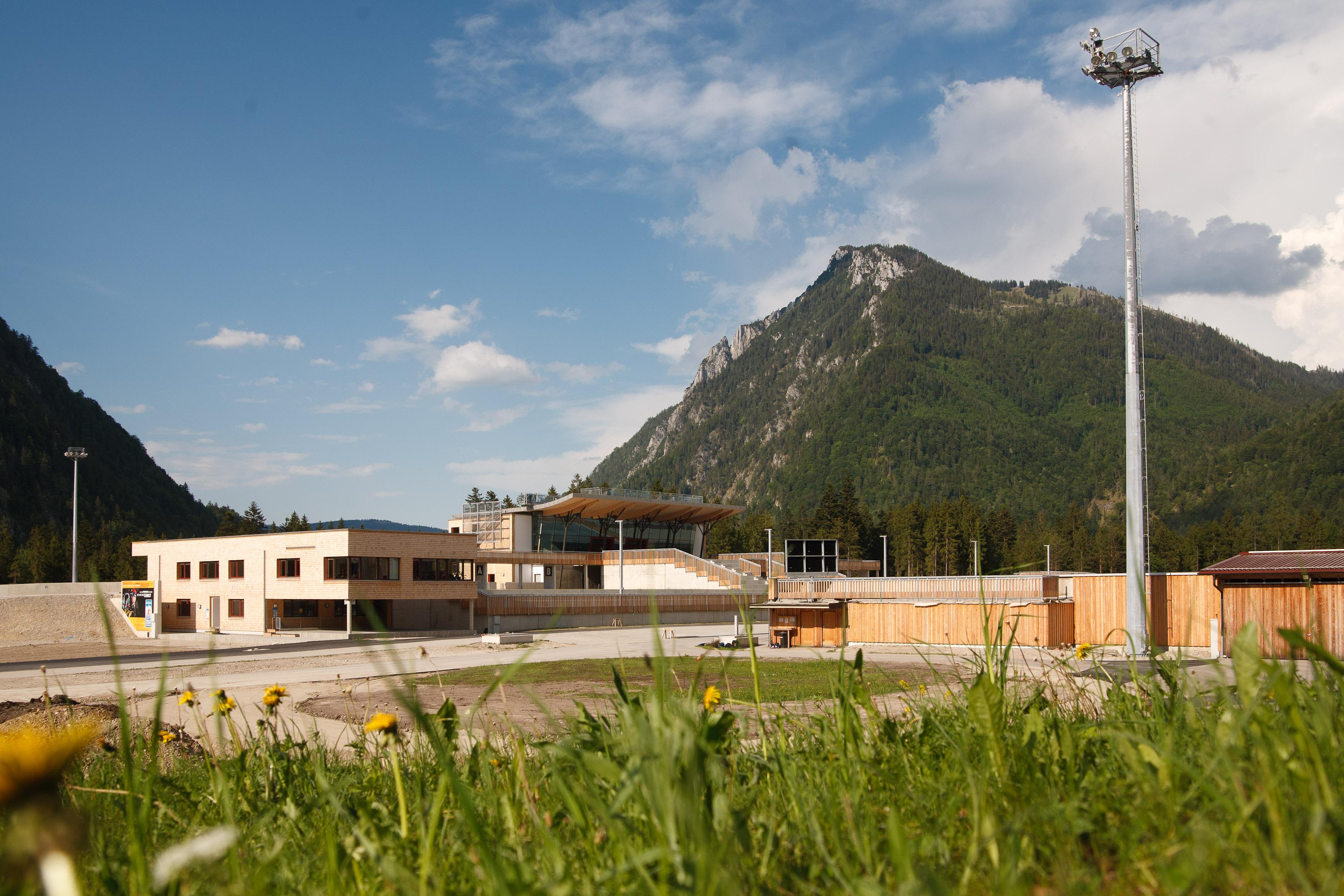 Arena-Tour mit Biathlonschießen in der Chiemgau Arena