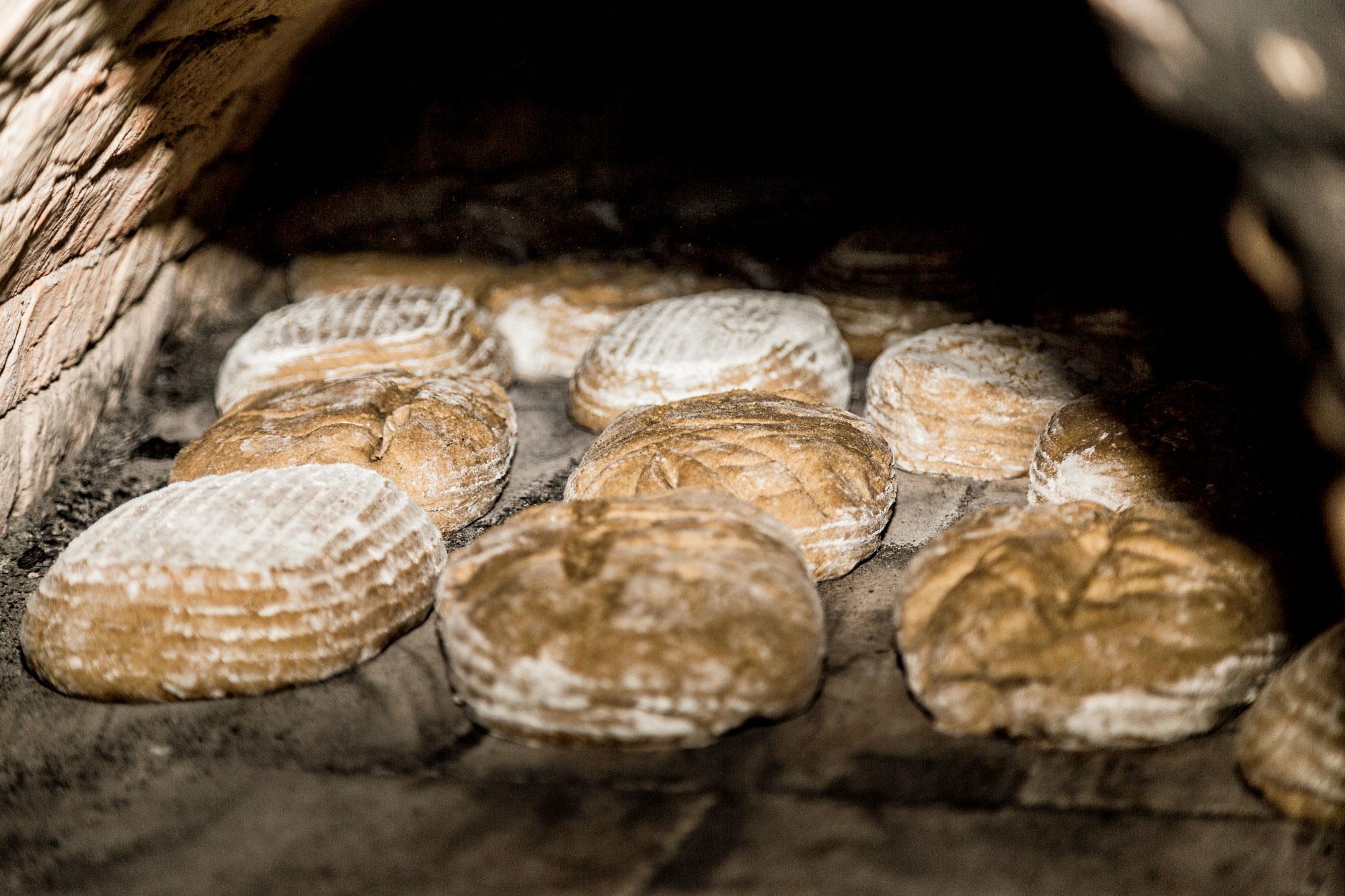 Brotbacken im Bauernhofmuseum