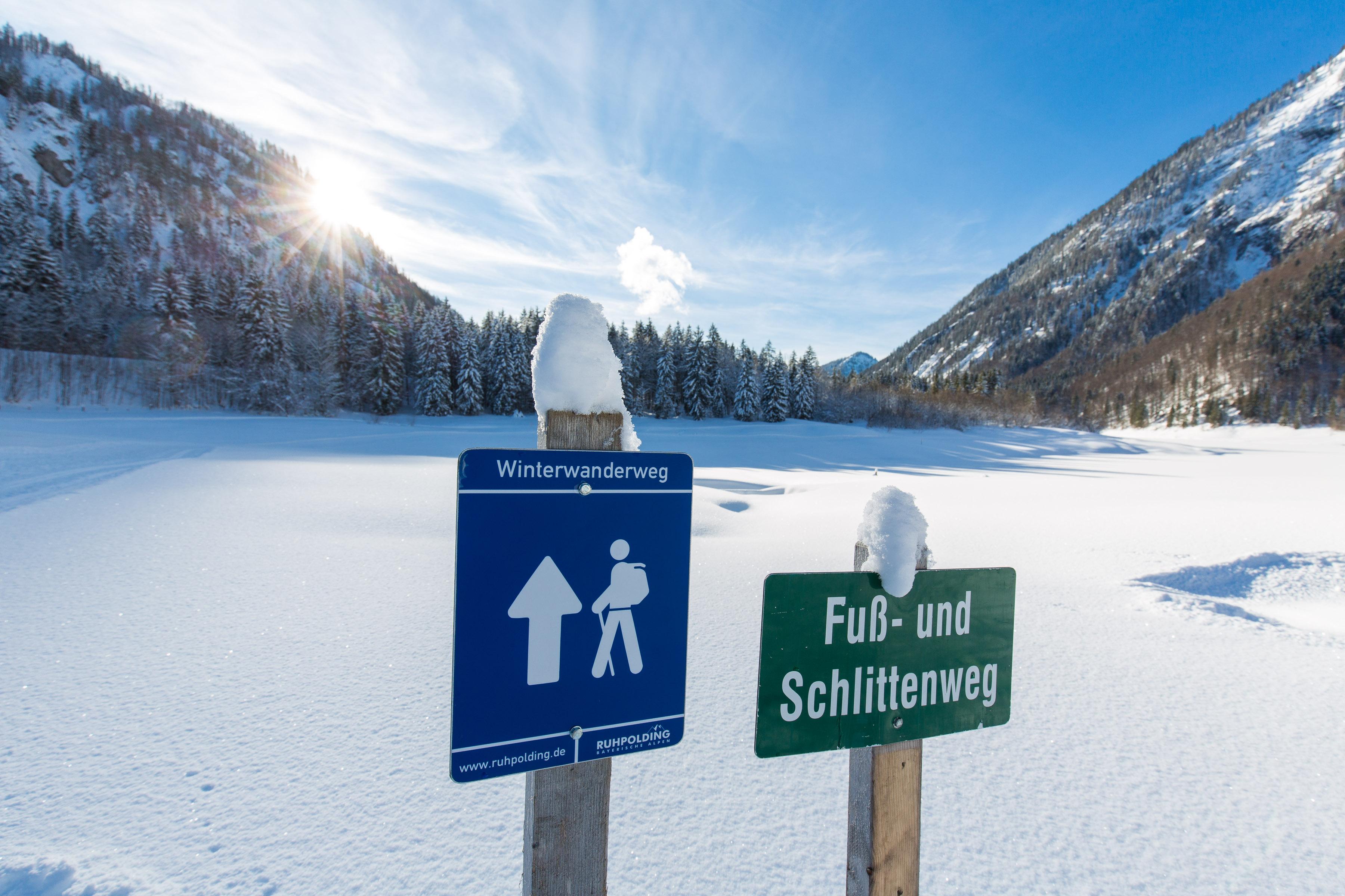 Anspruchsvolle Schneeschuhwanderung mit gemütlicher Einkehr